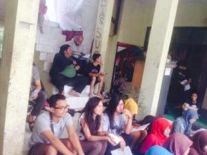 Penonton Lomba Baca Puisi Ayam Cup ASAS UPI. (Foto: Karin Tania)