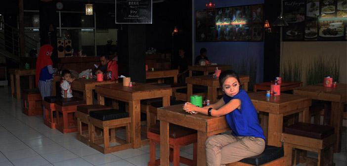 Tatakan-Cafe