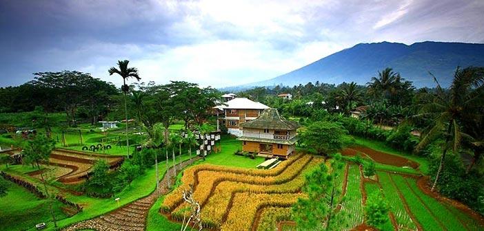 Pesona Desa Wisata Kampoeng Bamboe, Bogor | Buruan.co